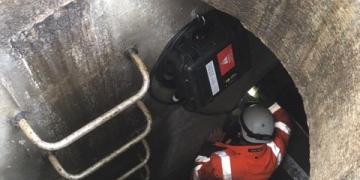 EU : Contrôle d'une sonde Hauteur-Vitesse dans un Déversoir d'Orage
