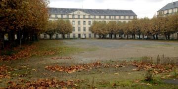 Novembre 2017 : Photographie de la Place d'Armes avant travaux